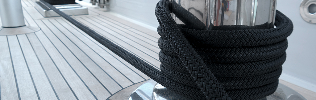 dyneema mooring line in action
